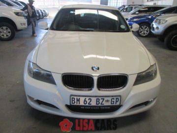 BMW 320i (E90)