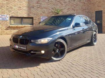 2012 BMW 320i SPORTLINE (M)