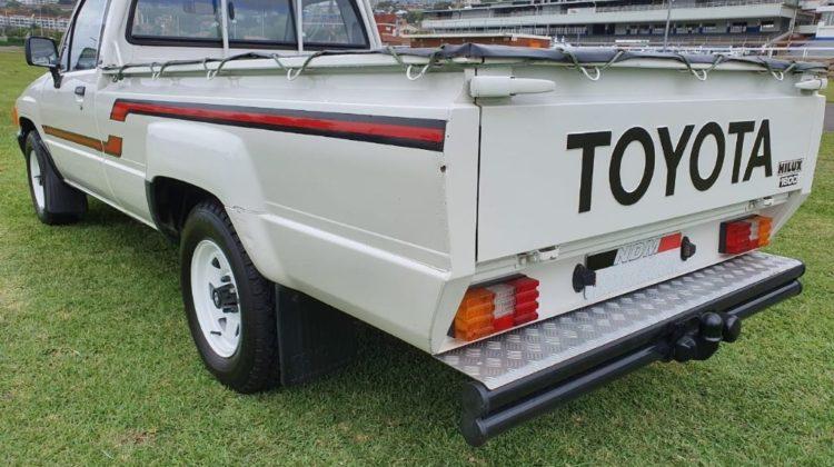 1993 used-toyota-hilux 2.4