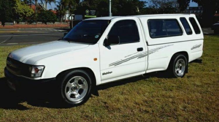 Toyota Hilux 2.0 SR